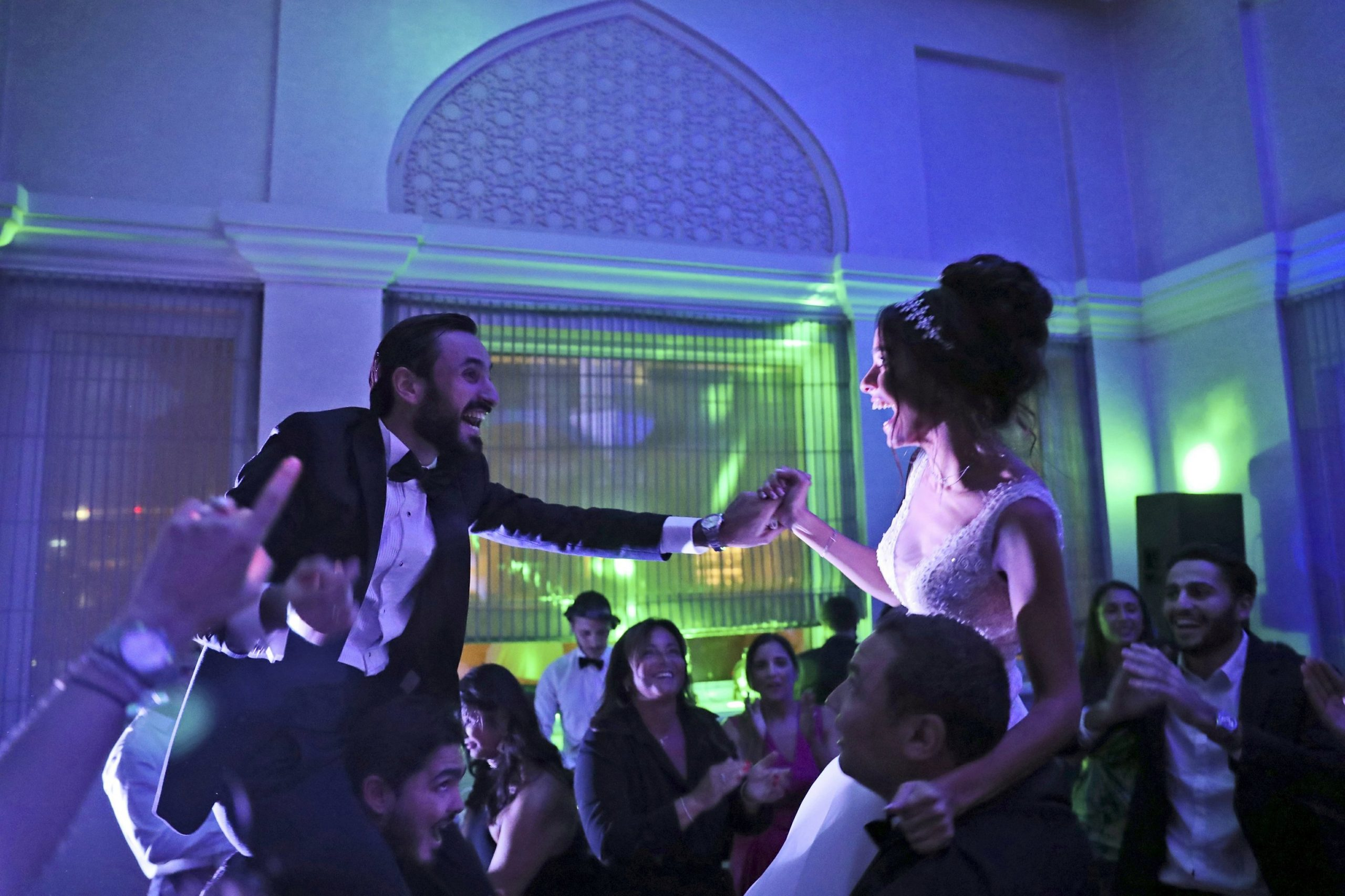 On Dubai's new playground, Israelis find Jewish parties and rituals